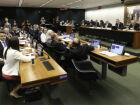 Comissão conclui votação de destaques e reforma política pode ir a plenário