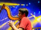 Marcelo Loureiro leva aulas de música para crianças de 8 cidades