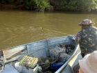 Polícia apreende equipamentos ilegais com dois pescadores