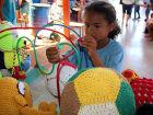 Brinquedos feitos em penitenciária são entregues em escola municipal