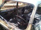 Homem 'irritado' ateia fogo no próprio carro em Três Lagoas