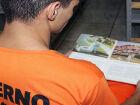 Com mais de 30 mil livros estimulam leitura entre detentos