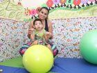 'Vivo meu filho todos os dias', diz mãe de menino que recebeu células-tronco