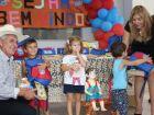 Alunos da rede municipal de ensino recebem kits escolares em Três Lagoas