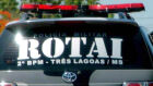 Ladrões encapuzados levam arsenal e cofre de casa de idoso na Vila Nova
