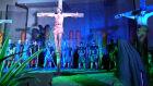 Para garantir segurança, Paixão de Cristo será encenada em pátio de colégio