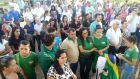 Comerciantes fazem manifestação em apoio à greve de caminhoneiros
