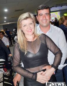 No último sábado (22), Silvani e Eder promoveu, no Papillon Eventos, foi realizada a festa 'Samba de Patroa'. O Grupo Sampri e Alba Alessandra que animou a festa.