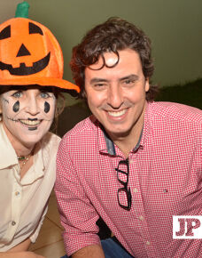 Aconteceu nesta terça-feira a tradicional Noite de Halloween promovida pelo Rotary Clube Cidades da Águas. A noite reuniu amigos e familiares em um belíssima festa.