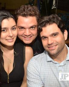 No último sábado,4 nosso querido Dr. Guilherme Fedelis reuniu amigos e familiares em um animada festa onde comemorou mais um aniversario em grande estilo.