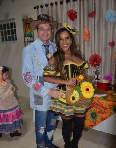 Aconteceu no último final de semana, o tradicional arraia do grupo Os Mió do Ano, a festa aconteceu na residência do casal Gerson Fernando dos Santos e Cleide Aparecida Breda dos Santos.