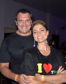 O casal de Veneravel  da Maçonaria Regente Feijó IV,  Elisângela Freitas de Almeida Dias e Alessandre Alves Dias promoveram no último final de semana uma bela festa no estilo anos 80 e 90. A festa reunião personalidades da sociedade em uma noite muito animada!