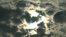 Outono inicia com clima ameno e previsão de chuva na Costa Leste