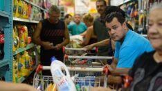 Brasileiros estimam inflação de 7,5% nos próximos 12 meses