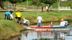 Associação de Pesca Esportiva limpa lagoas do Espelho D'agua