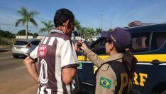 PRF registra 13 autos de infração contra motoristas na Ranulpho Marques Leal