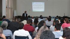 Gestores públicos discutem desenvolvimento econômico
