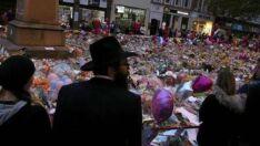 Estação de trem Victoria de Manchester é reaberta após atentado