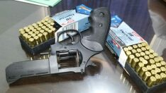 Arma usada para matar homem durante churrasco é encontrada em quintal