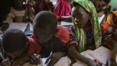 Pobreza pode cair se adultos completarem ensino secundário