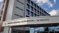 Justiça condena empresa que demitiu motorista por justa causa após acidente