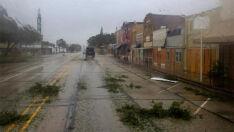 Harvey retorna à costa dos EUA e segue causando fortes chuvas