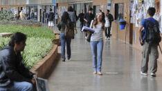 Universidades federais dizem que só têm dinheiro para manutenção até setembro