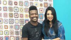 """O cantor Pele Negra esteve presente na """"Sala Musical"""" do programa A Casa é Sua"""