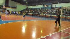 Campeonato de futebol de salão atrai esportistas para Ginásio de Esportes