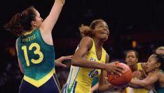 Campeã mundial de basquete fala de sua experiência para atletas