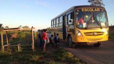 Novas regras de transporte escolar rural geram revolta em Paranaíba