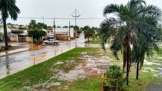 Previsão do tempo indica chuvas fortes nesta segunda-feira