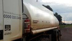 Caminhão é apreendido com 15 mil litros de combustível ilegalmente