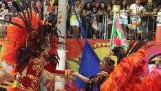 Última noite do desfile das escolas de samba em Corumbá