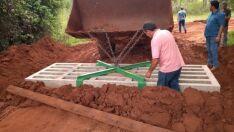 Prefeitura instala mata-burros de concreto na região do Tamandaré
