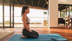 8 passos para começar a praticar ioga sozinha e com segurança