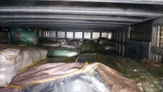 Polícia apreende carga de vestuários avaliada em R$ 405 mil na BR-262