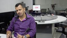 Jornalista avalia como incompetente a gestão do governo de Reinaldo Azambuja