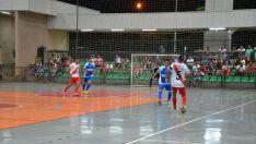 Campeonato Municipal começa com 14 gols em dois jogos