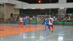 Torneio de Futsal agita equipes no poliesportivo