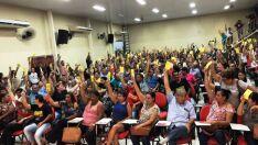 Governo cede à pressão e greve de servidores é encerrada