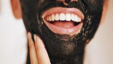 Carvão vegetal: 3 razões pra ele ser a solução dos problemas de beleza