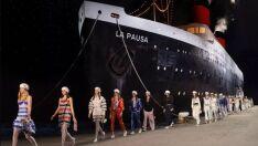 A Chanel simplesmente colocou um navio em sua passarela!