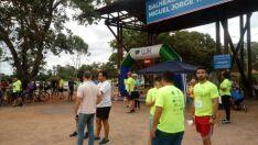'Corrida Balneário Run' arrecada 500 litros de leite para instituições sociais de Três Lagoas
