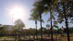 Feriado será de sol forte e calorão na Costa Leste