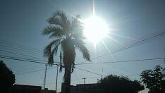 Quarta-feira terá sol com poucas nuvens e baixa umidade