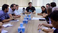 Vereadores viabilizam reunião entre comissionados e secretários