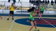 Equipes femininas de basquete se classificam para fase final dos jogos escolares