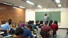 Brasil tem dificuldade de atrair jovens para a carreira de professor