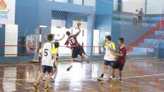 Equipes de handebol de Três Lagoas embarcam para etapa de jogos escolares